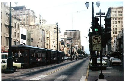 800px-New_Orleans_1977_Canal_Street_at_Royal_with_three_streetcars